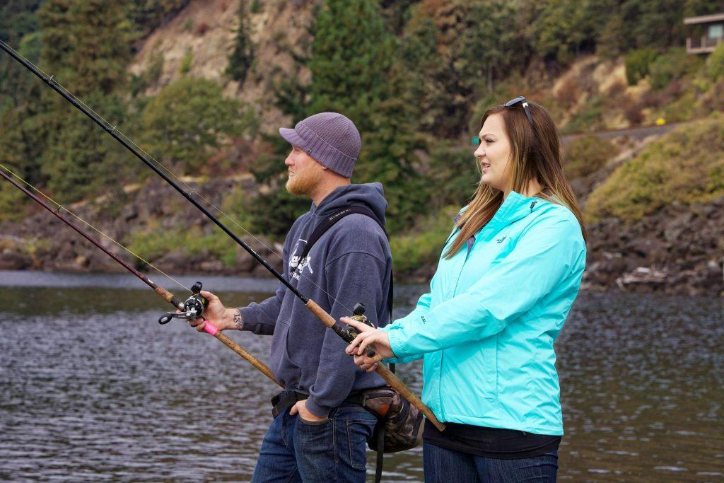 Couple qui pêche ensemble - Appâts du nord